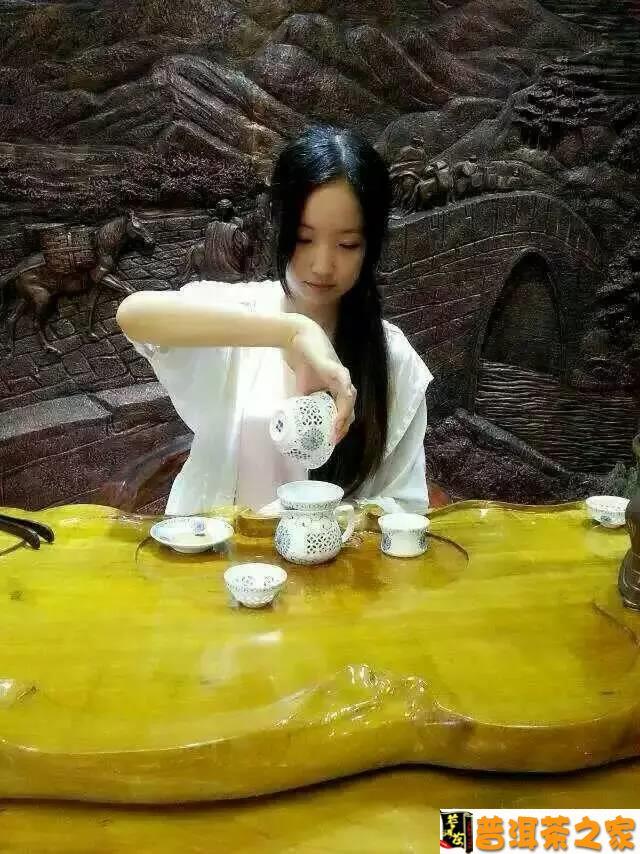 普洱茶图片 爱上官道普洱茶